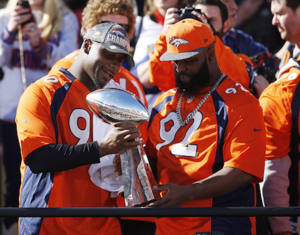 ¡Todo Denver celebra con los Broncos!