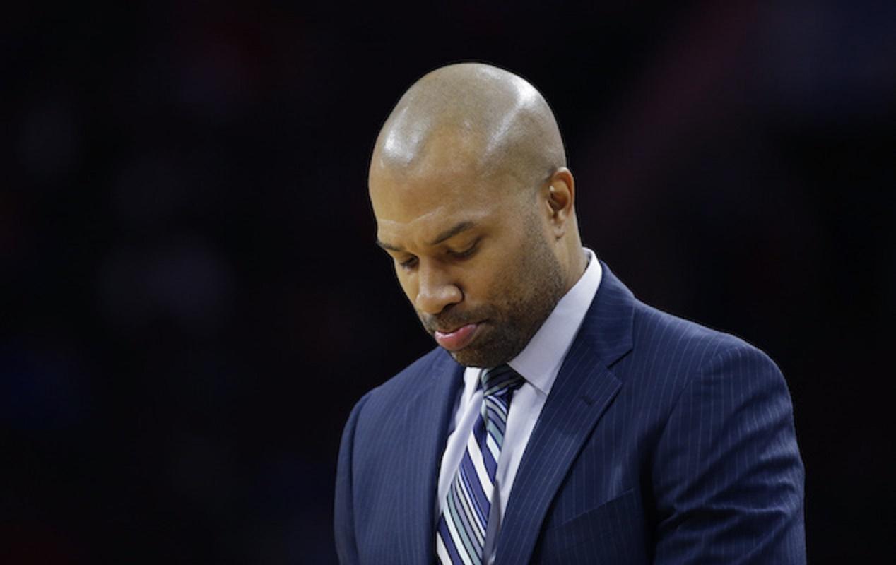 Knicks despiden al técnico Derek Fisher