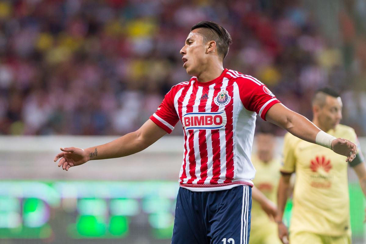 Salcedo considera que Chivas debe ser humilde ante Atlas