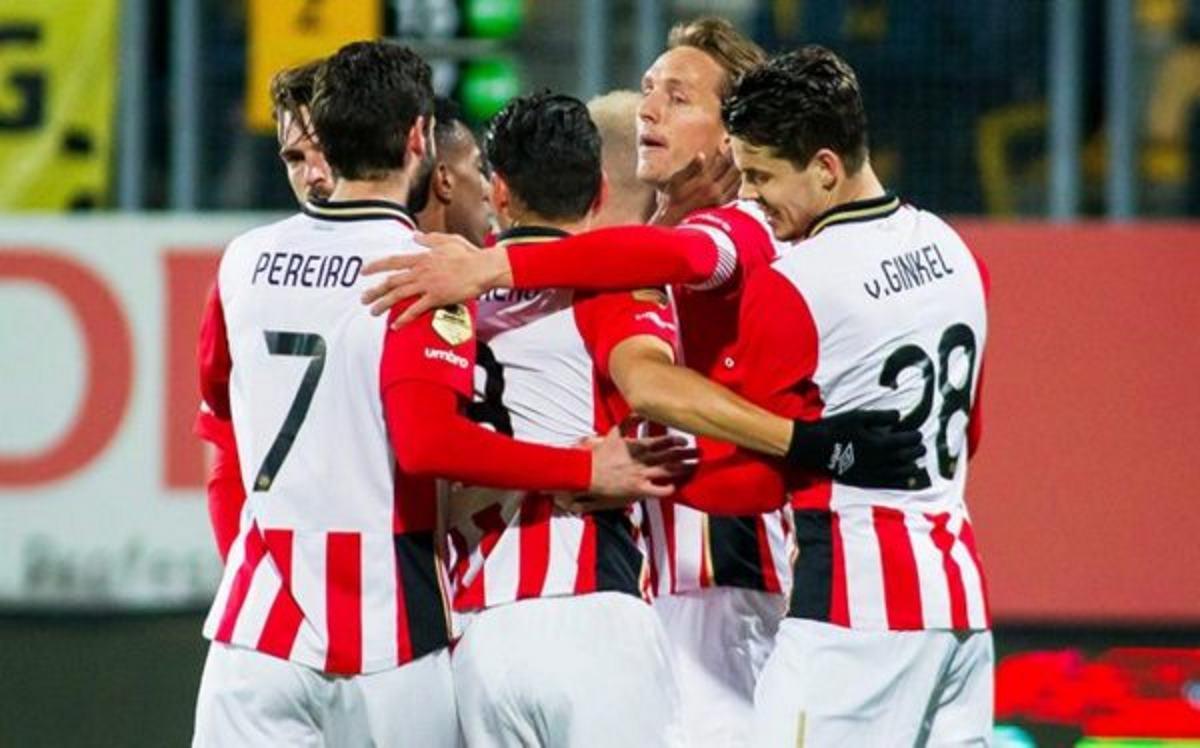 PSV mantiene puja por Eredivisie