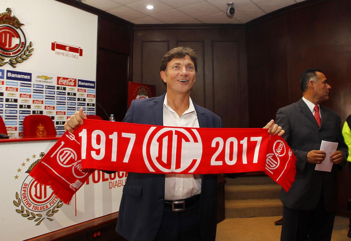 Cristante consiguió seis títulos de liga bajo el marco escarlata. Foto: Cortesía Deportivo Toluca