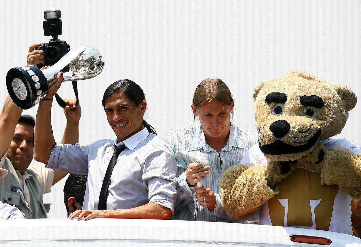 Paco ganó dos títulos de liga con Pumas, en los torneos Clausura 2009 y 2011. Foto: Mexsport