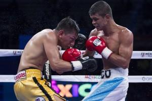 Cristian Mijares (Amarillo) vs Lesther Saul Medrano (Blanco)