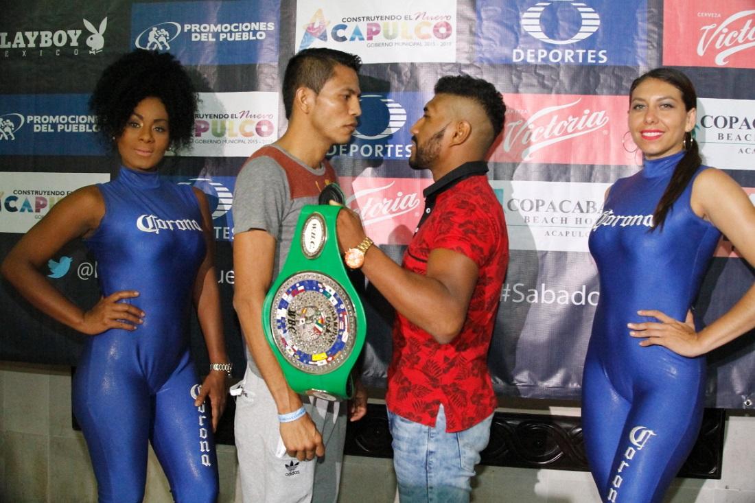 El frente a frente entre ambos peleadores. Foto: Cortesía
