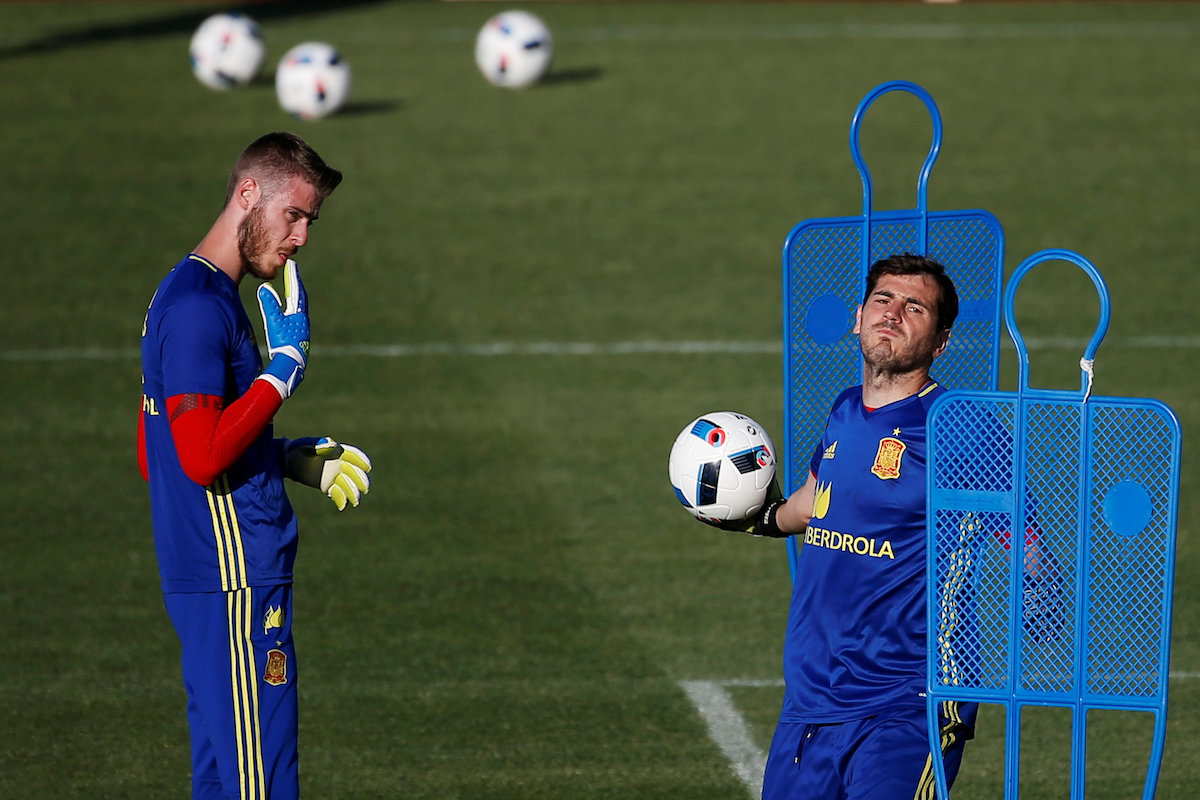 David de Gea e Iker Casillas. Foto: Reuters