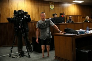 Oscar Pistorius se quitó sus prótesis para pedir clemencia.