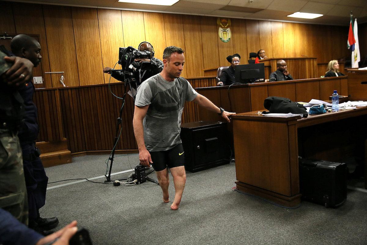 Pistorius mostró su vulnerabilidad ante las cámaras del mundo. Foto: Reuters