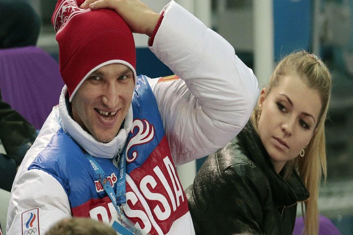 Alex Ovechkin (hockista) y María Kirilenko (tenista)  . Foto: Especial