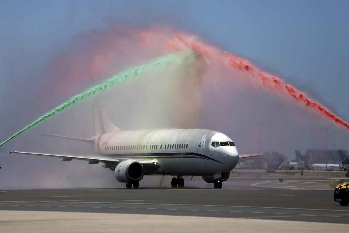 Gran recibimiento al campeón de Europa a su llegada a Portugal. Foto: Reuters