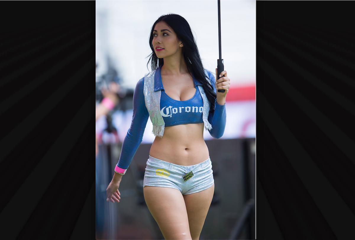 Edecanes de la Liga MX durante la j1 del A2016. Foto: Mexsport