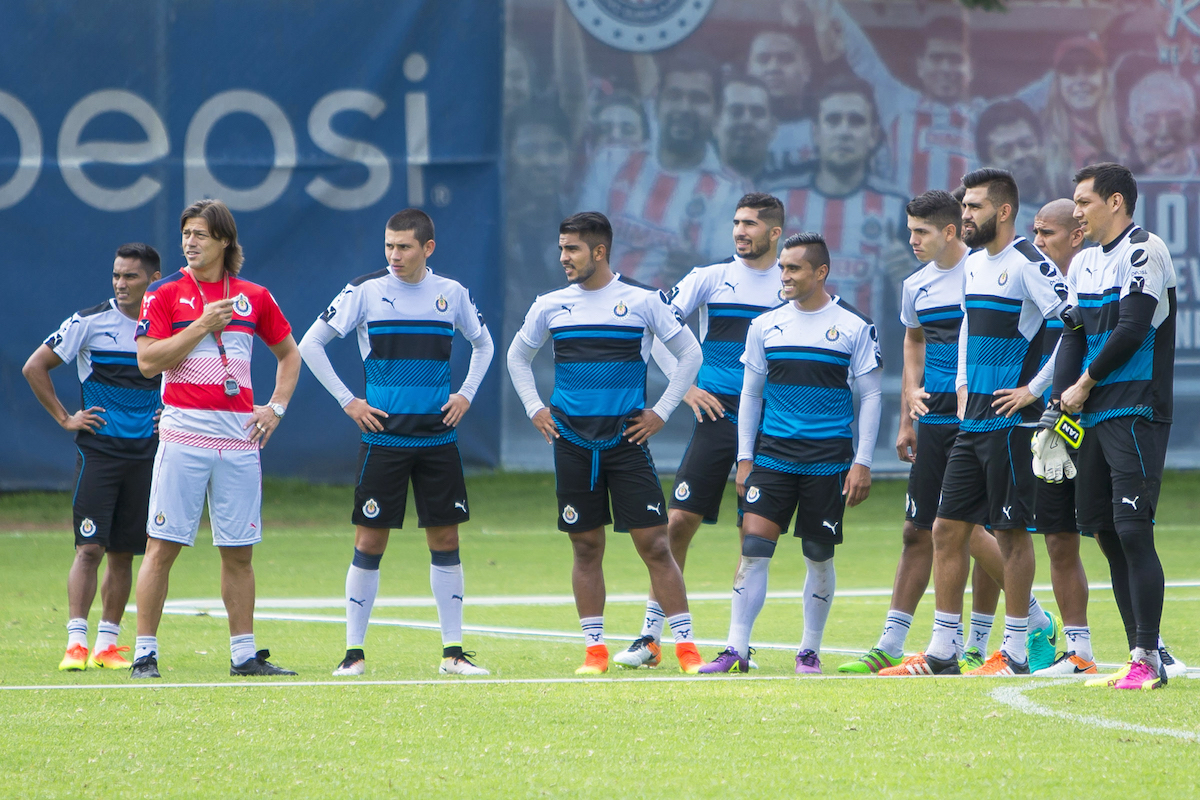 Las Chivas visitarán CU este domingo. Foto: Mexsport