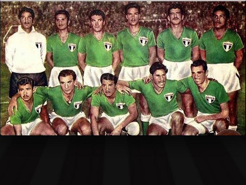 7) Mundial Suecia 1958. Diseño simple  y elegante que estableció el verde como el color del equipo nacional.