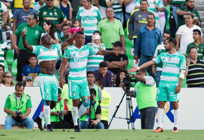 Santos ganó su segundo juego del torneo frente a Pumas. Foto: Mexsport