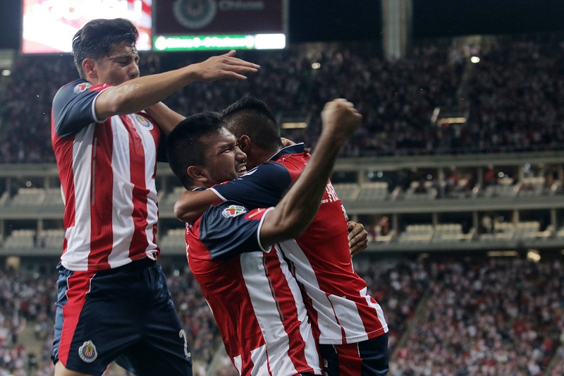 Hedgardo Marín adelantó a los locales con certero cabezazo. Foto: Mexsport