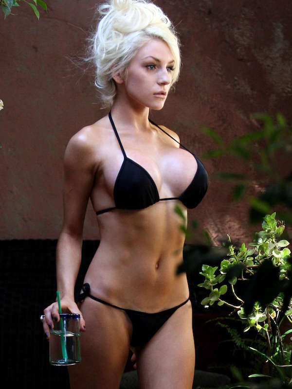 Courtney-Stodden---Wearing-bikini-on-the-set-of-a-photoshoot-in-Hollywood--11