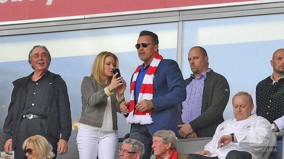 Terminator en un partido del Bayern Munich
