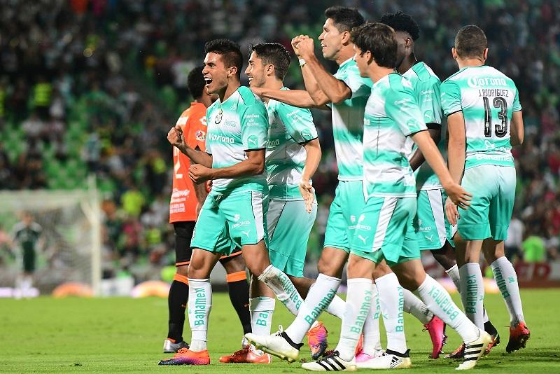 Santos se destapó con los goles en el segundo tiempo. Foto: Mexsport