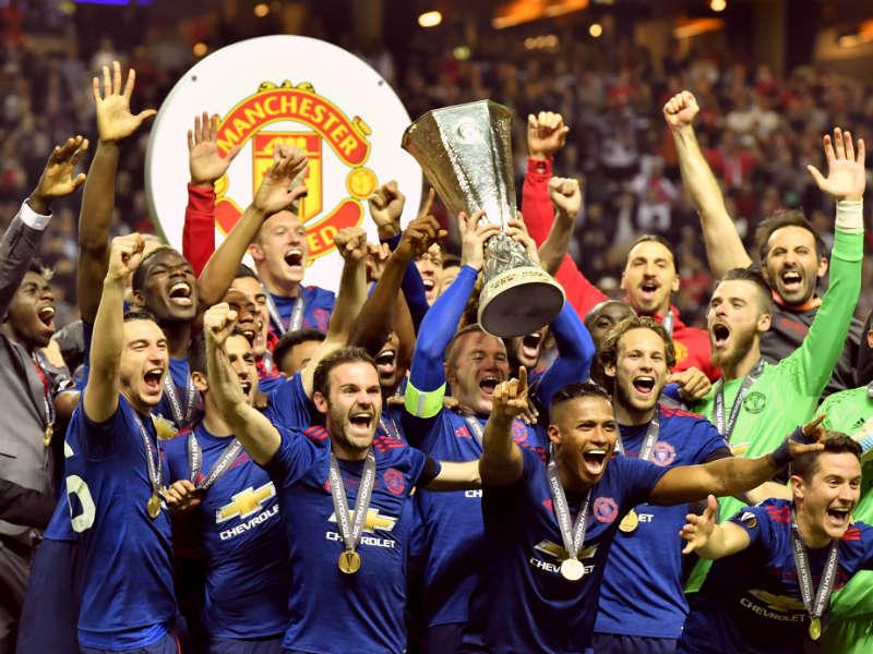 Manchester United gana la Europa League