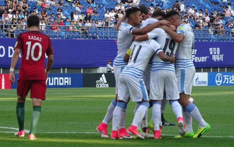 Uruguay avanza en Mundial sub 20