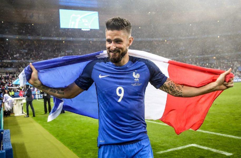 Giroud encamina a Francia en goleada