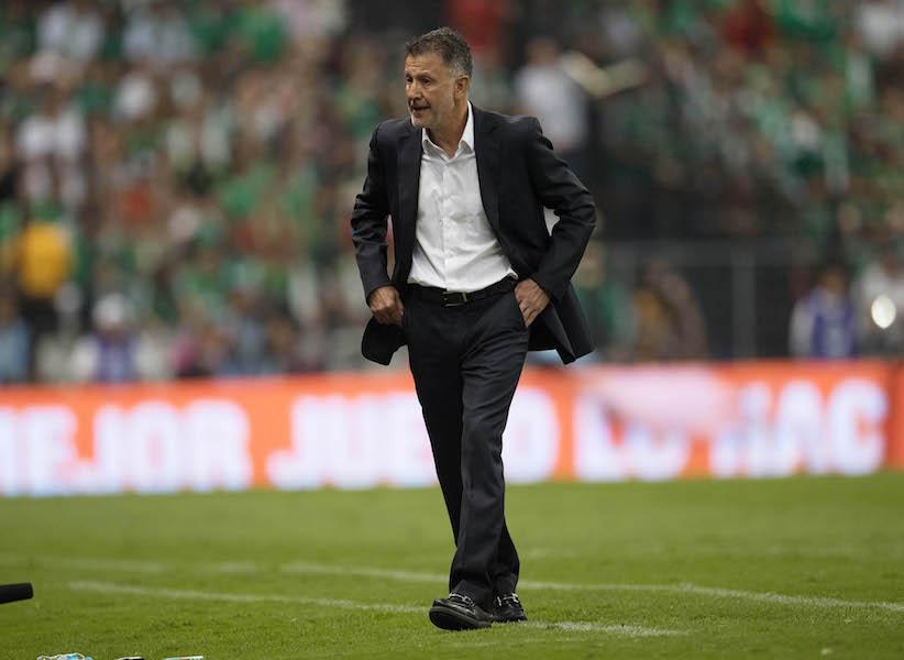 Carlos Albert lanza grito homofóbico en contra de Osorio