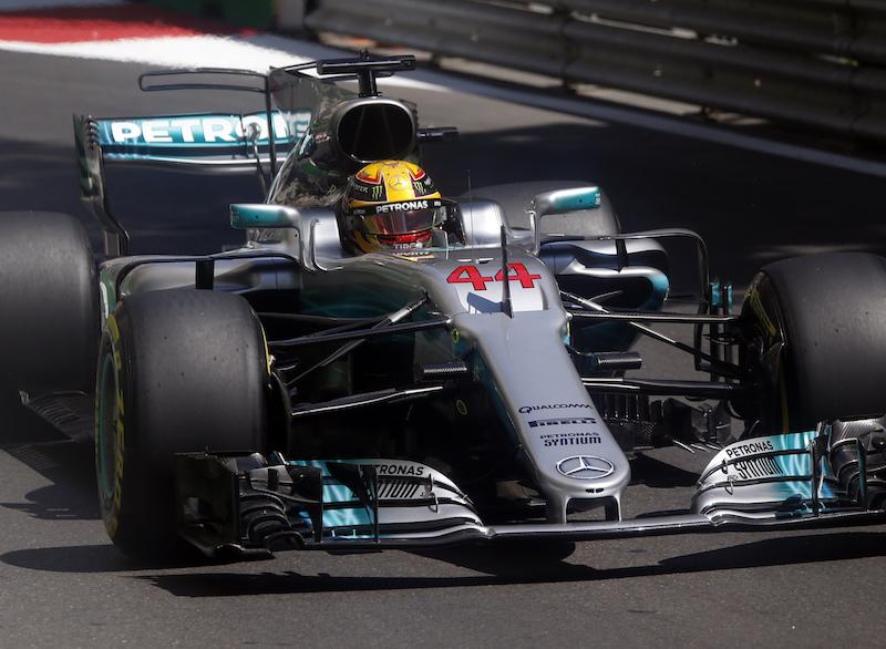Hamilton se lleva la pole en Baku
