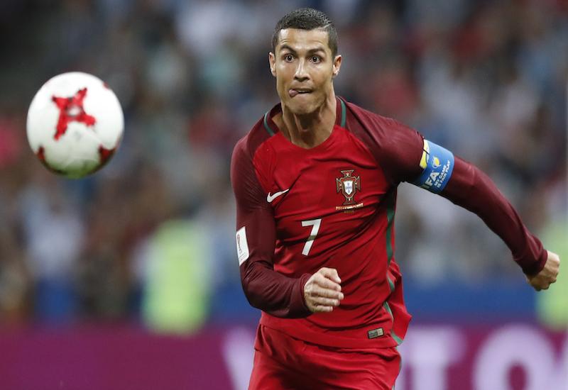 Cristiano abandona a Portugal