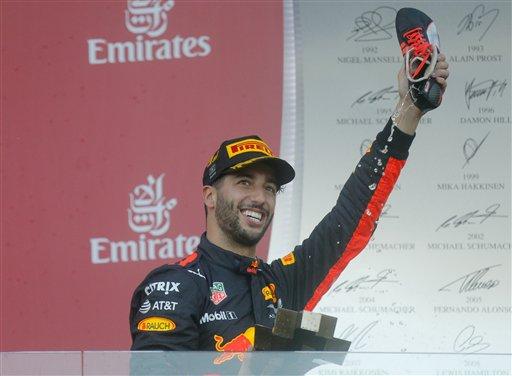 ¡Ocon se vengó de Checo y Ricciardo se lleva el GP de Azerbaiyán!