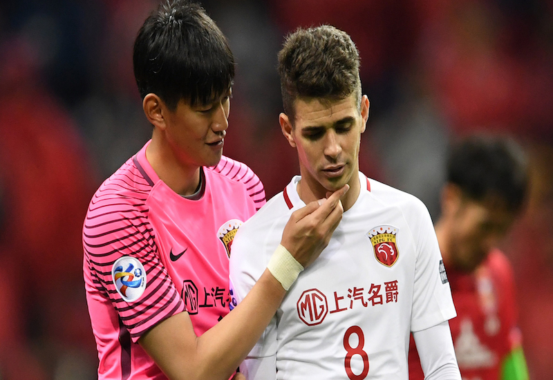 Oscar suspendido ocho partidos en China