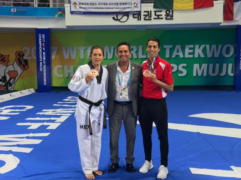Doble bronce para México en Mundial de taekwondo