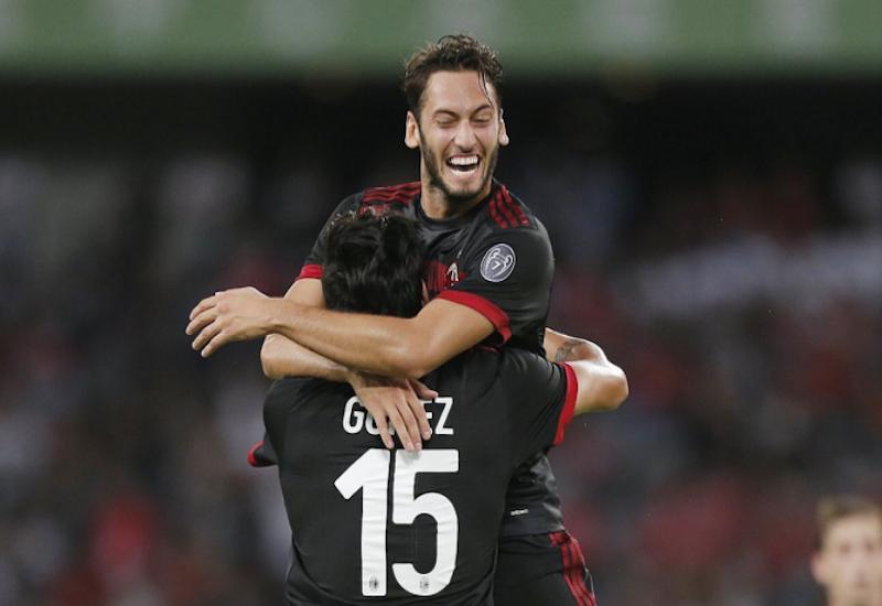 Milan golea al Bayern