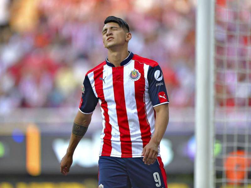 Chivas pierde a Alan Pulido