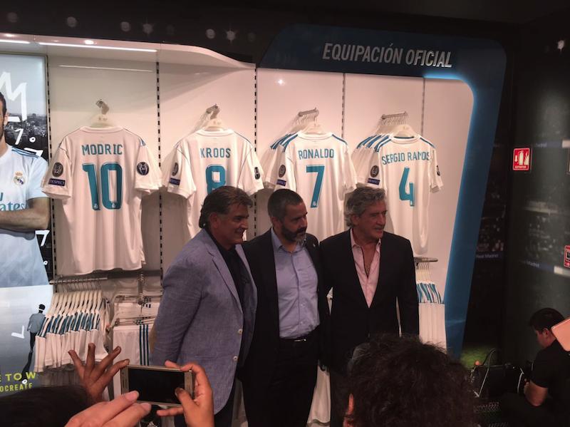 Real Madrid abre tercera tienda oficial en México - Estadio Deportes 2570fc9d940de