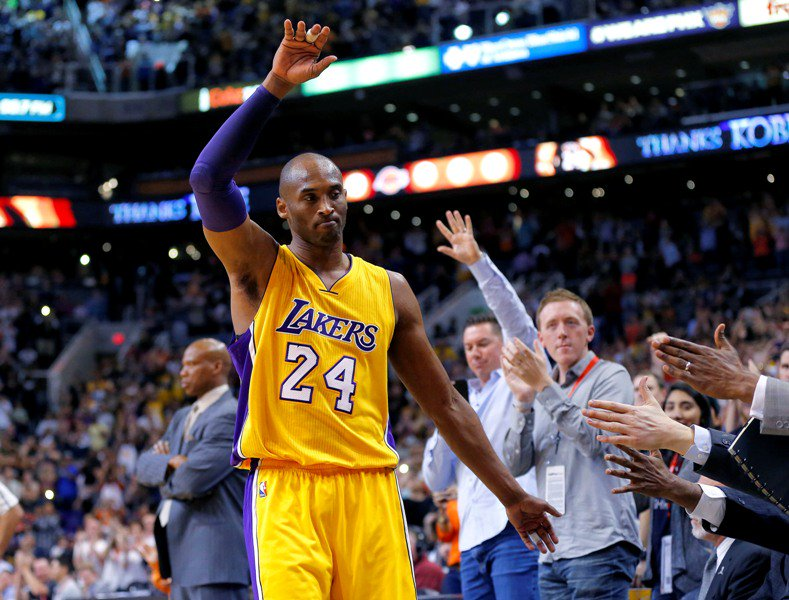 Lakers retirarán los dos números de Kobe Bryant