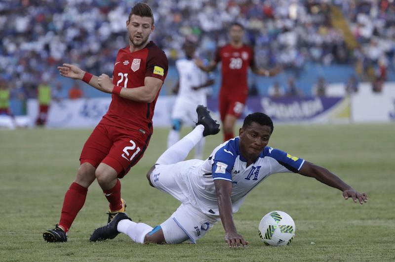 Estados Unidos rescata un empate en Honduras