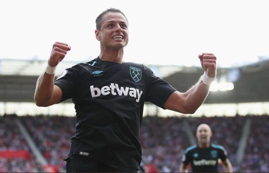 Chicharito volvería a la titularidad con West Ham