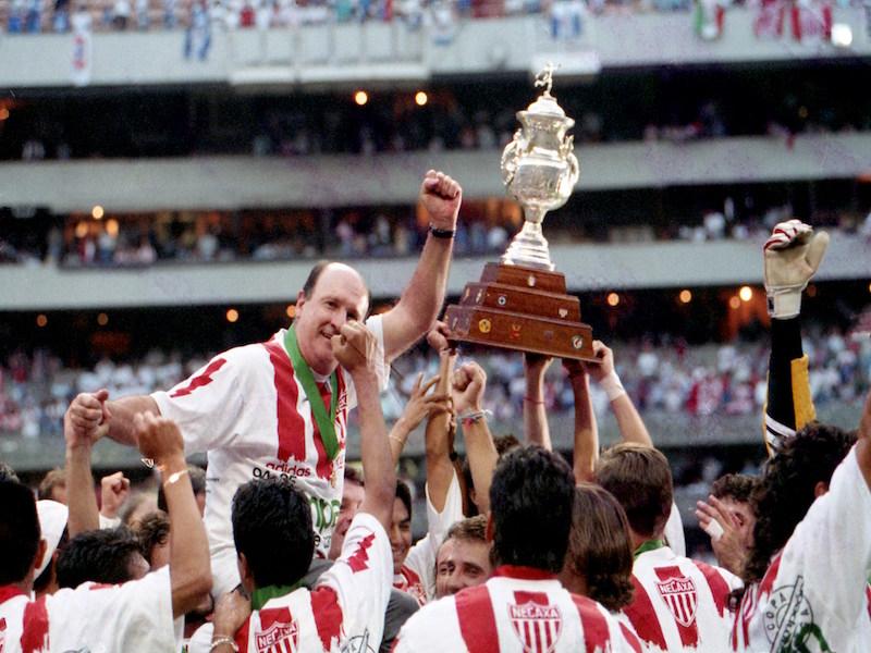 Equipos que deslumbraron en los 90 s - Estadio Deportes a63d1baa61c11