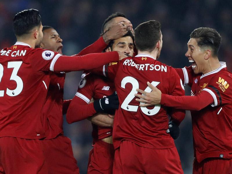 Liverpool le arrebata el invicto a Manchester City