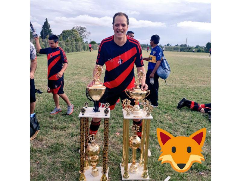 Atlas se corona Campeón, pero en Argentina