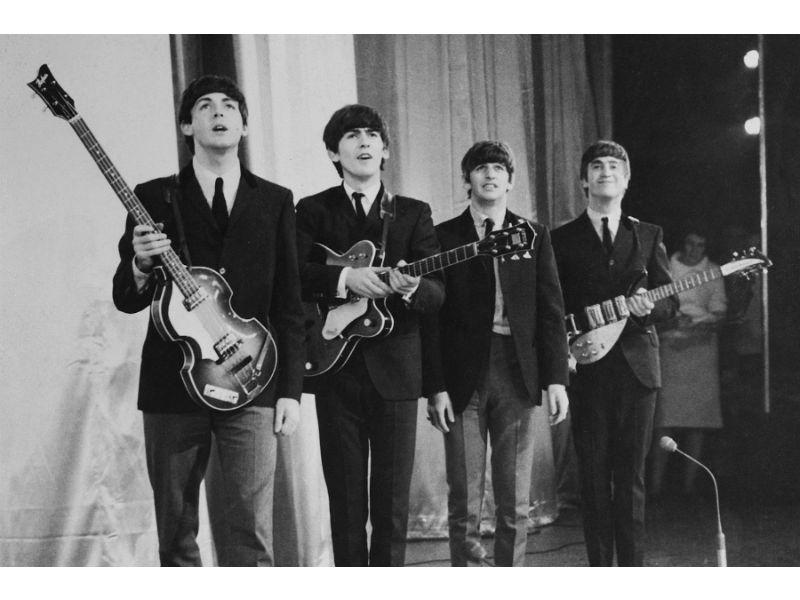 Liverpool 'devuelve' a la vida a Los Beatles