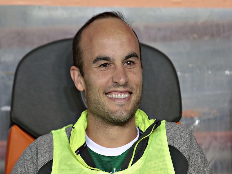 León defiende a su 'fiera' Donovan, tras 'firma' en entrenamiento