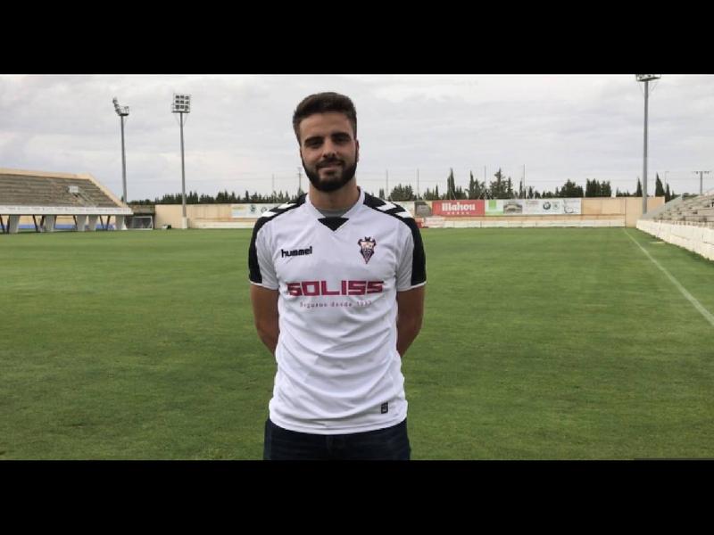 Jugador de la segunda división española cae de un tercer piso