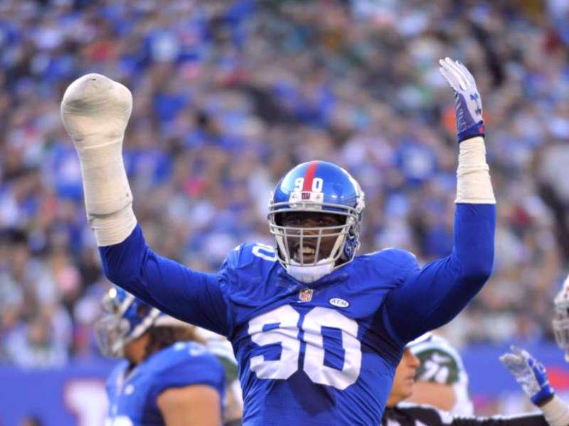 Giants cambian a estrella defensiva