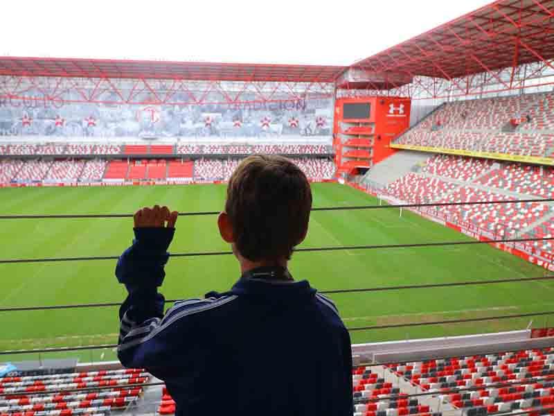 """""""Afición de Toluca debe sentirse orgullosa del estadio"""": Suinaga"""