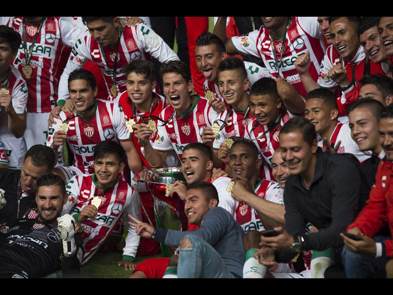 Necaxa se corona Campeón de la Copa Mx con regalo de Toluca
