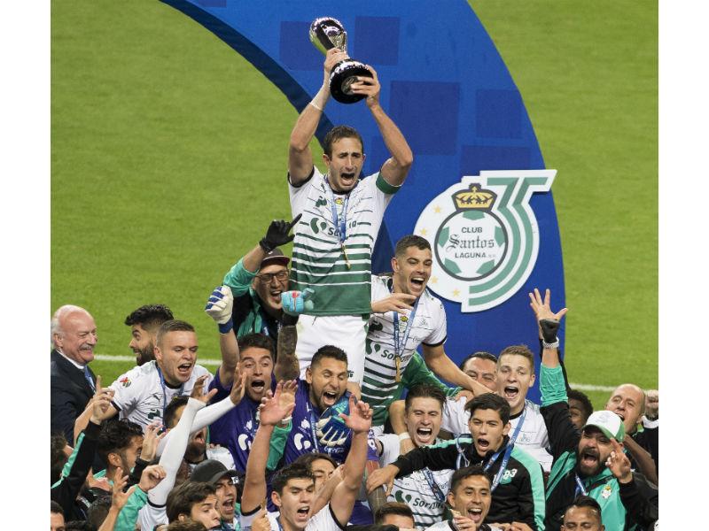 ¡Bendito infierno! Santos se corona Campeón en casa de Toluca