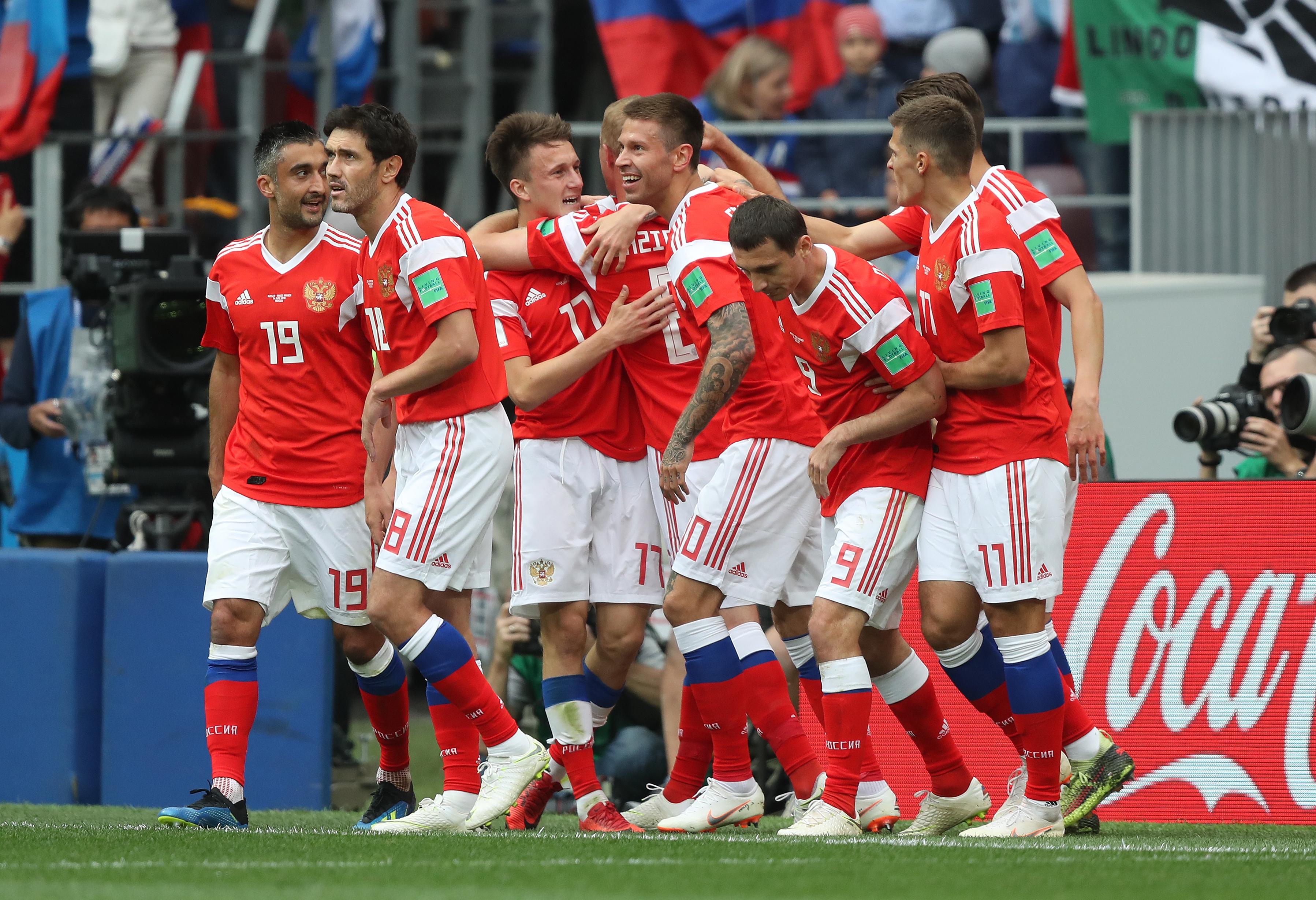 Rusia arranca el Mundial goleando a Arabia