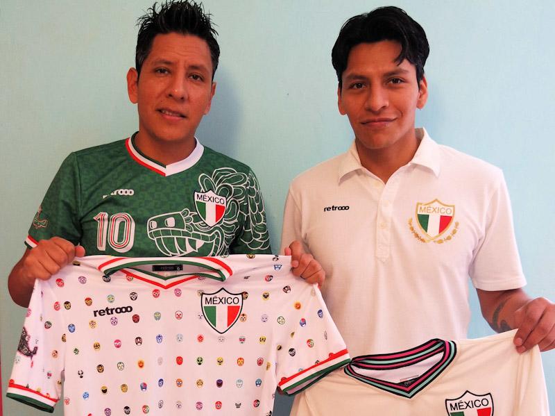 Andrés (izquierda) y Víctor buscan renovar las playeras pamboleras. 0ba9fec046dc5