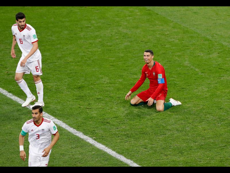 Portugal empata y avanza; VAR protagonista