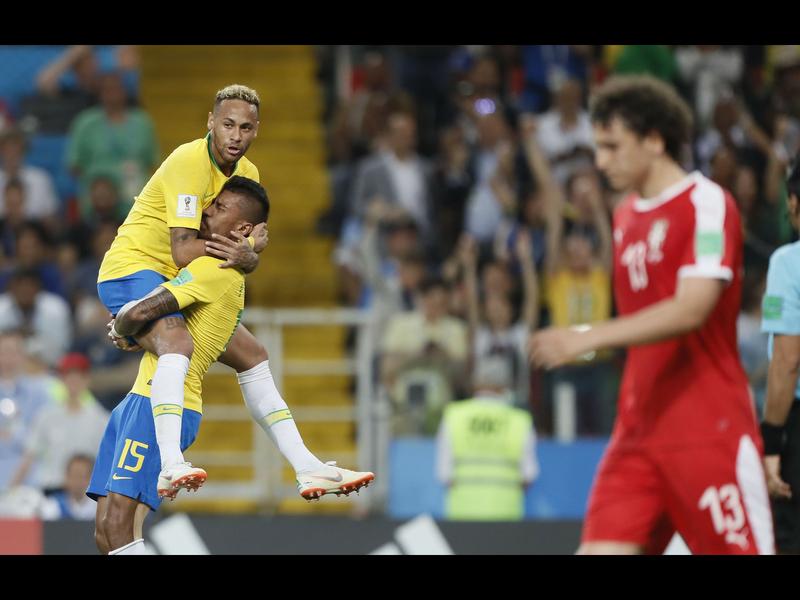 Brasil se mete a octavos; será rival de México en Rusia